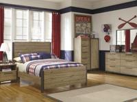 New Ashley 3 piece set consists of dresser, headboard