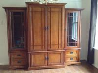 Type:Living RoomType:Entertainment Center3 piece wood