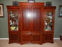 Wood entertainment center w/2 side cabinets with