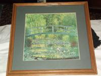 1 Wood Frame that is Green & Gold that is size 20 1/2
