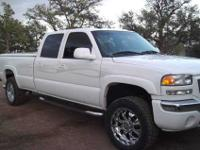 SHOW TRUCK , HARDLY USED 2005 GMC DIESEL,4X4 LONGBED,