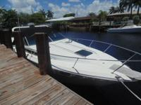 30' 1987 Searay Weekender-galley, head, dinette,