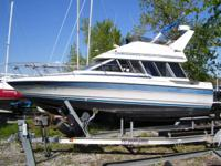1988 30' BAYLINER 2950 COMMAND BRIDGE (FLY BRIDGE).
