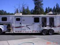 Very nice 30Ft. 3 horse slant load. Yr.2000 (Goose
