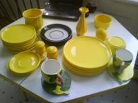 This is an collection of Yellow (with green accents)