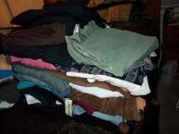 SELLN TH3ESE USED N COUPLE NEW WOMEN CLOTHES SIZE