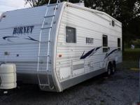 2002 Hornet Wideout Toy Hauler. Sleeps 6 with 1 full