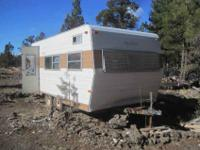 For sale a camper in pretty like-new condition, has a