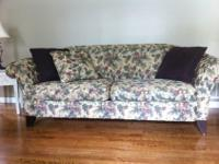 Beautiful 4 pieces of furniture in perfect condition.