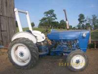 3000 Ford Tractor for sale runs good gas engine power