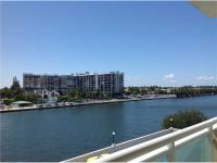 Beautifully appointed split bedroom 2 bed 2 bath condo