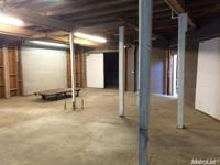 3,900 SF building with fended secure yard of