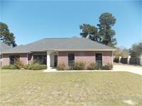 Beautiful 3BEDROOM/2BATH house with open floorplan.