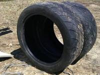 I have a pair of Nitto NT420S. They are 305/40R22 and