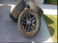 Selling a set of 305/55r20 Toyo AT tires on 2crave