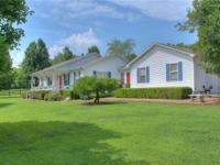 The ideal hobby/mini farm! Modern house, 34x32 horse