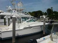 2002 Tiara 43 EXPRESS The stylish, well designed