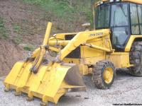 310 D Backhoe excellent condition 4wd nice cab with