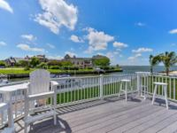 Luxurious coastal bright and airy 6BR/3.5BA direct