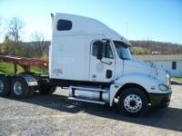 2005 Freightliner Columbia with Eaton smart shift 10