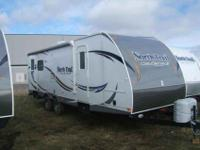 2013 HEARTLAND NORTH TRAIL 26' , WHT/MOCHA,