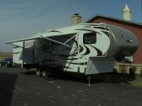 2012 Keystone Cougar 293SAB fifth wheel with bunk beds,