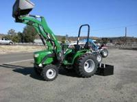 4X4 Tractor 32 HP diesel 3 cylinder, shuttle shift