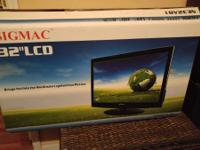 Up for purchase is a SigMac (CompUSA Brand) 32 inch LCD