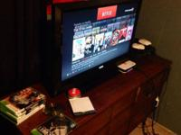 **Only sell in person** Vizio 32 inch flat screen tv