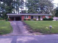 GOOD 3BR/2BA brick veneer house with CH/A, nice floor