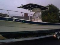 Great center console Amato ponga with flat decks and a