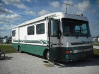 Great motor home for traveling about the country for