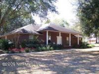 Moving out of state - MUST SEE !!! This 3/2 executive