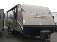 2013 HEARTLAND WILDERNESS 30' , TAN/PEBBLE,