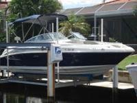 2006 Sea Ray 240 SUNDECK Get ready for a party! There's