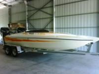 21' 2001 LIGHTNING POWERBOATS OFFSHORE CATAMARAN. This