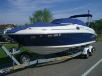 2006 Sea Ray Sun Deck. Awesome 26 & 1/2 Foot boat with