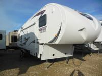 JUST ARRIVED! THIS BEAUTIFUL WINNEBAGO FIFTH WHEEL!!!
