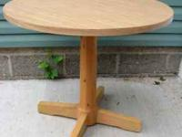 "Pine Round 34"" Diamter Table with Pine center"