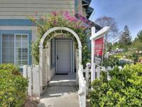 Stunning End-unit in coveted Ardenwood neighborhood