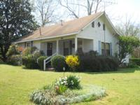 AFFORDABLE HOME! 2 BEDROOM, 1 BATH.LARGE KITCHEN WITH