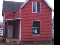 Large 5 to 6 bed 3 bath Fixer-upper hardwood floors