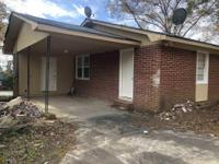 Investor's Special! 3br/1ba, new roof, new carpet, new