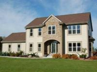 Property DetailsOffered at $349,900. Rooms: 3Baths: