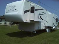 Montego Bay by KZ, 34ft 5th Wheel camper trailer in
