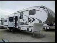 Beautiful 2012 Keystone Cougar 324 RLB, 5th wheel