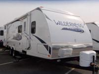 2013 HEARTLAND WILDERNESS 31' , WHT/BEACH, Standard
