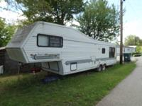 35ft jayco 5th wheel camper, year 1988, 20th