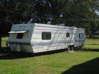 35' travel trailer.Great condition for it's age.