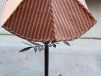 "35"" Metal tree lamp with metal leaf and roots 35 Inches"